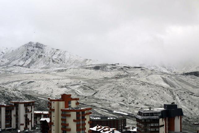 Os dejamos unas imágenes de skipass de la nevada que ha dejado la última tormenta en los Alpes.