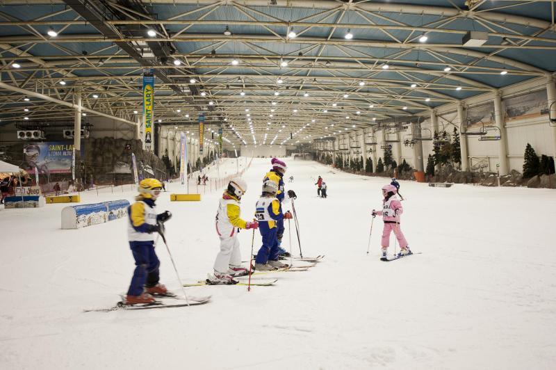Madrid SnowZone, la única pista de nieve cubierta en España y una de las mayores del mundo, presenta un campamento diferente y lleno de emociones para este verano 2013.