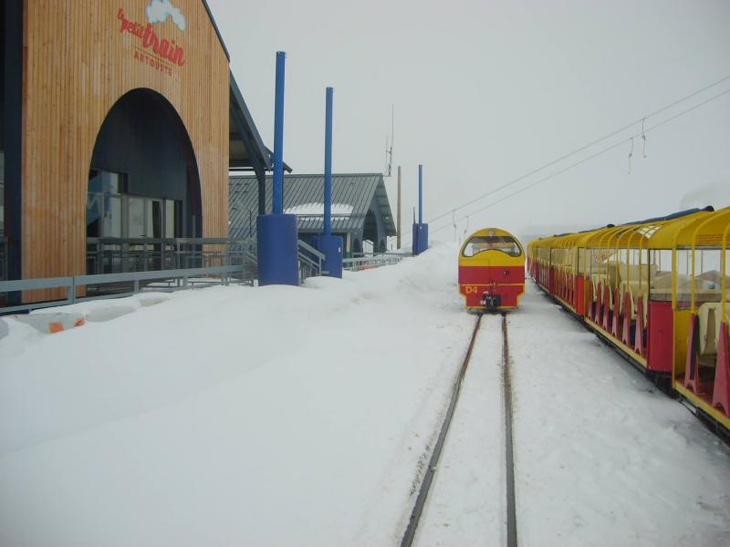 Exceso de nieve y mal tiempo obligan a Artouste a anular y posponer las actividades de esquí previstas para el primer fin de semana de Junio de 2013
