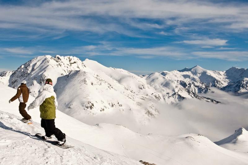 La estación andorrana publica una guía de itinerarios de freeride en su sector más alpino.